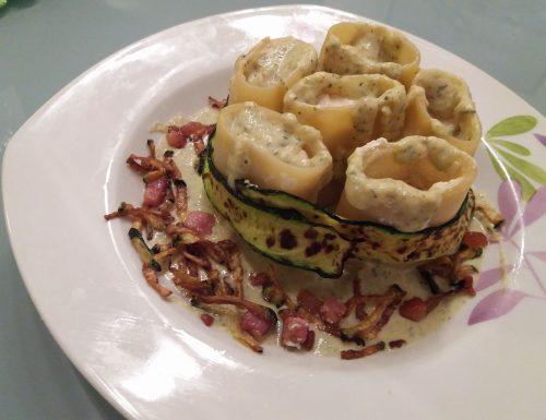 Paccheri con pancetta e crema di crescenza e zucchine