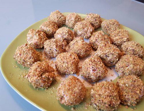 Polpette di spuma di prosciutto cotto coi pistacchi