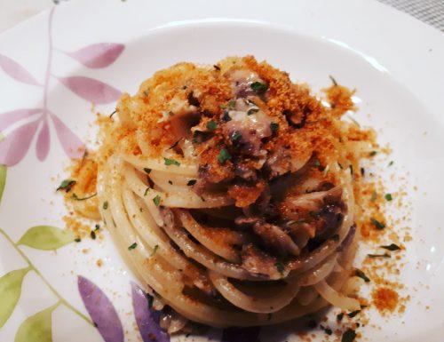 Spaghetti alle vongole con bottarga di muggine
